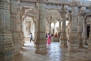 Jain Temple in Ranakpur, India. Photo credit: Wikimedia